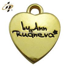Venda quente produtos de amor coração de metal personalizado banhado a ouro charme e pingente