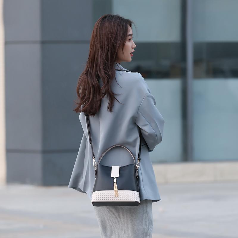 Tote Bag With Shoulder Strap 01