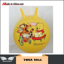 Kids Jumping Yoga Ball with Cornu Gorais
