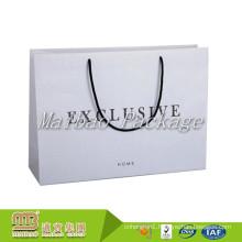 Free Sample Fashionable Custom Design Printing White Matte Finish Paper Bag Cotton Handle