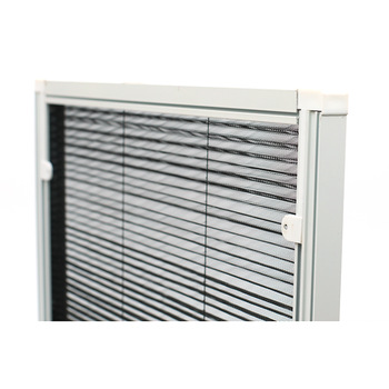 pleated screen window