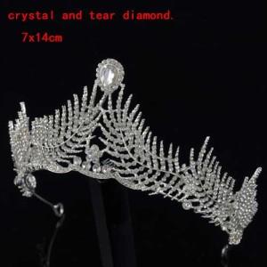 Coronas de boda únicas en forma de hoja con diamante