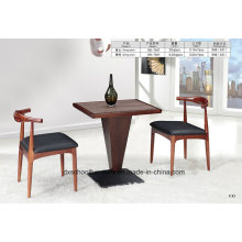 Table en bois massif et chaise Horn Horn pour salle à manger