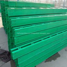 Bandeja portacables con sistema de canalización de cable de cubierta
