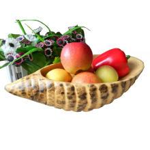 Plato de bambú y fruta