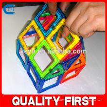 Bloques de plástico del juguete del imán