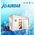 Sala fria com sistema refrigerando refrigerando do equipamento