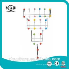 Gancho de suspensão de metal com produtos domésticos com contas de cerâmica coloridas