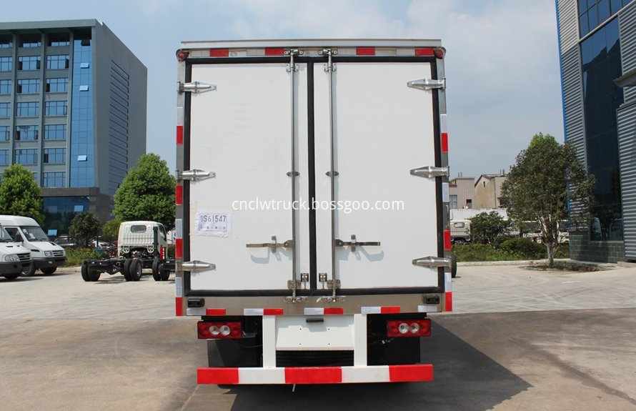 milk cooling transport truck 3