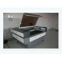 Máquina profissional de gravação e corte a laser para indústria têxtil