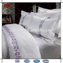 Logotipo personalizado del bordado Caja blanca vendedora caliente de la almohadilla del hotel del algodón