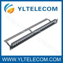 24port panneau blanc avec le gestionnaire de câble