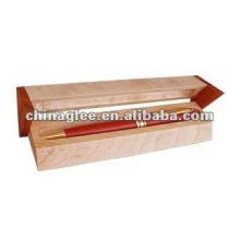 caixa de madeira caneta triângulo