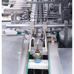 Automatic Bottle Cartoning machine