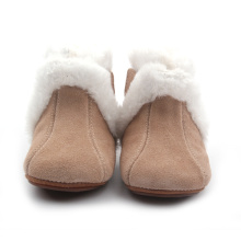 Plush Decorate Soft Rubber Winter Boots Wholesales