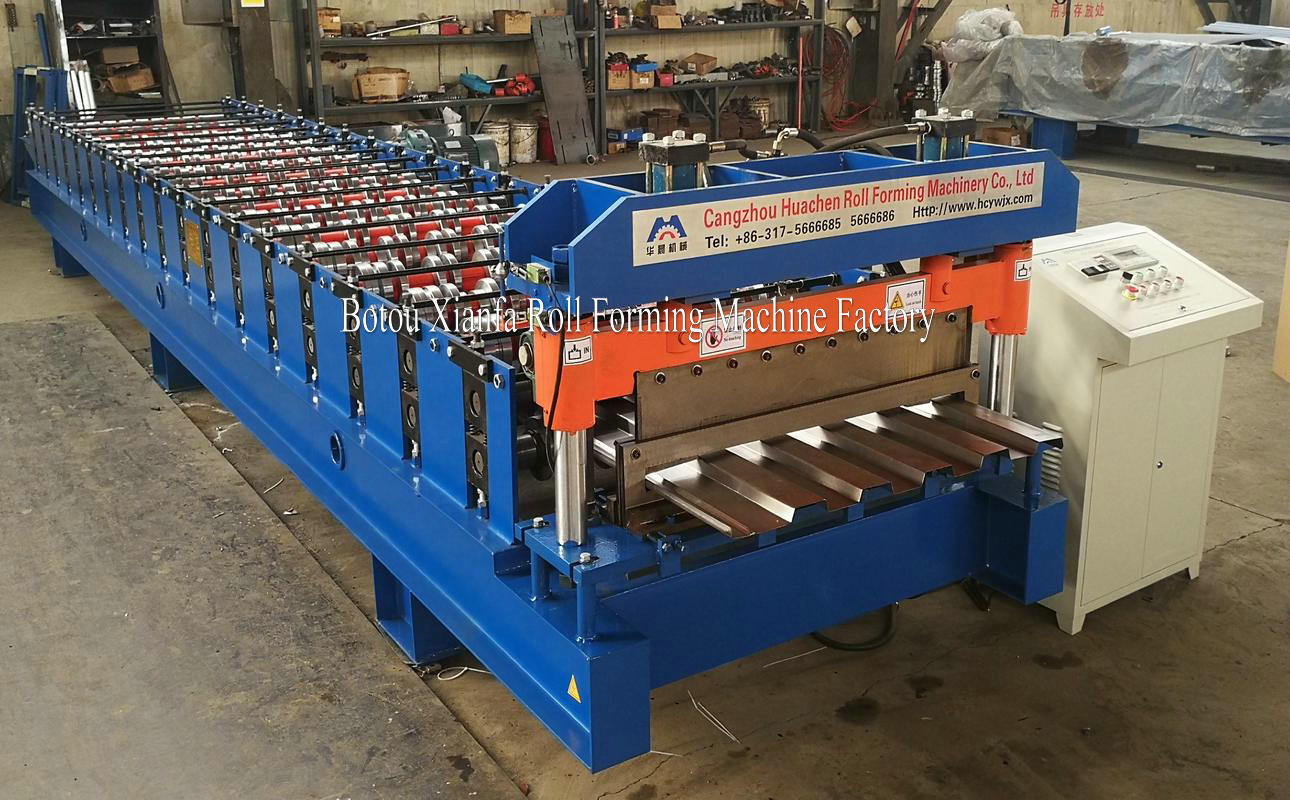 container panel making machine