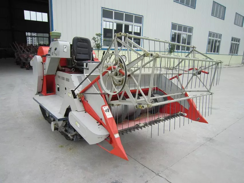 Diesel Engine Wheat Harvester