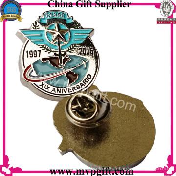 Badge pin métallique avec design personnalisé
