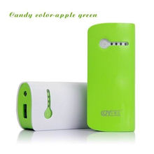 Portable Green Dual Usb Emergency Mobile Phone Charger 5200mah , Small Size