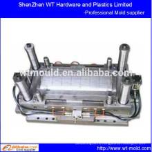 Пластиковая крышка двигателя инжекционной формы в Китае