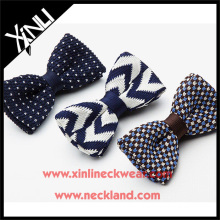 2015 красивый вязаный Боути в различных конструкциях вязать узор мужская галстук