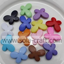 Wholesale Fashion Jewelry solido acrilico farfalla perline / sciolti plastiche perline per collane/bracciali/orecchini fai da te