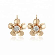 96013 Boucles d'oreilles créoles en or jaune 18K synthétiques pour femmes avec mode CZ