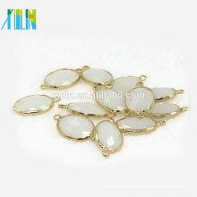 Nuevo llega colgante de cristal 13 * 18 mm de color blanco ovalado forma de K9 perlas de vidrio con aleación de oro, cristal k9 piedra de lujo
