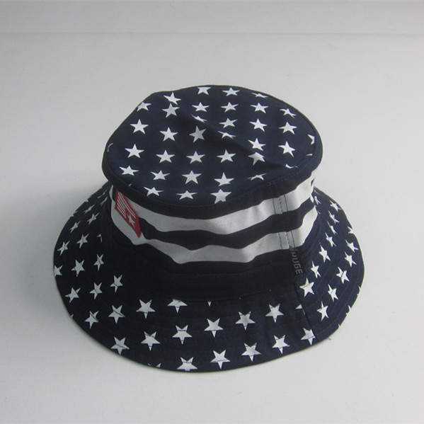 Dot Imprimir Algodão Twill Bucket Hat com patch de borracha