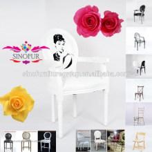 Quadro de madeira maciça e cadeiras de louis branco