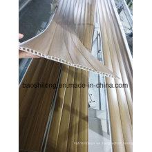 India El nuevo molde laminó el tablero del panel de pared del PVC Los patrones de madera de Hotselling en 2016