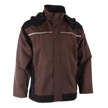 Cáqui com jaqueta de inverno preta