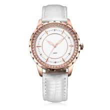 Reloj de cuero blanco para señora