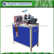 Máquinas flexíveis para tubos metálicos