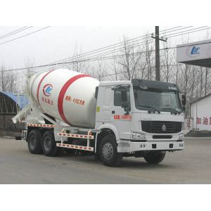 best HOWO 8cbm portable concrete mixer for sale
