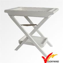 Schäbiges schickes weißes hölzernes faltbares Tablett Tisch für Küche