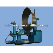 Fan flange rolling machine