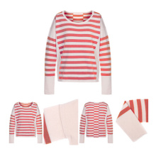 Pull rouge en cachemire tricoté par Red Stripes