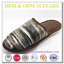 Tejido superior sensación suave cómodo único zapatillas hombres