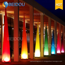 LED Lighted Arch Arbres gonflables Pillars Ivory Tusks Tubes Cones