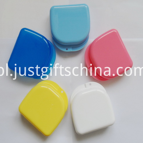 Promotional Small Size Rounded Rectangle Denture Box With a Hole