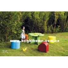 Copyright Новый дизайн антикварной мебели детства