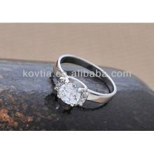 Anel de noivado de diamante de prata esterlina de alta qualidade