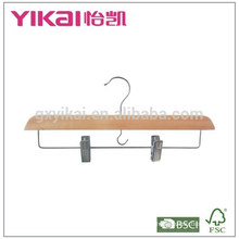 2015Bulk wooden trousers skirt hangers with metal clips
