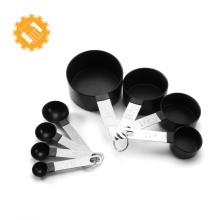 Ensemble de tasses et cuillères à mesurer en plastique à vendre chaud de 8 pièces