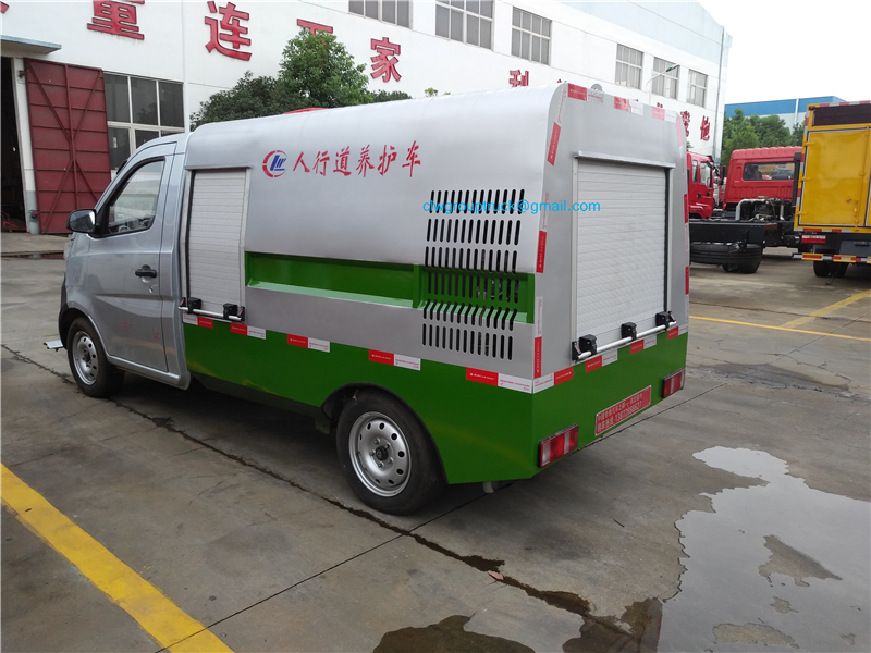 Road Cleaning Truck 4