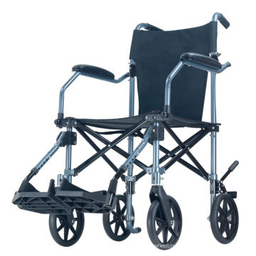 Silla de ruedas de transporte ligera y portátil Topmedi con maleta con ruedas