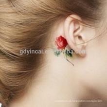 Flores predominantes papel de tatuagem padrão para jovens senhoras