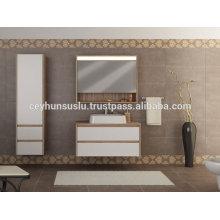 Экономический дизайн роскошный вид ванной комнаты с белым Меламиновым покрытием МДФ двери