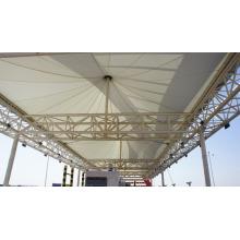 Structure d'ombrage de membrane d'architecture
